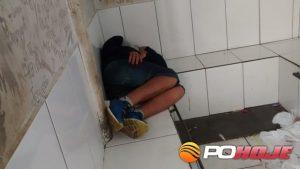 Menor apreendido pela PM (Foto: Toninho Cury)