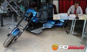 Triciclo que o vereador experimentava quando ocorreu o acidente.