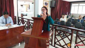Representante dos Romeiros, Elenilde Ribeiro durante reunião na Câmara
