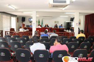 Vereadores durante votação do projeto no Plenário Hercílio Trajano